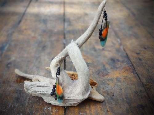 Boucles d'oreilles plumes multicolore